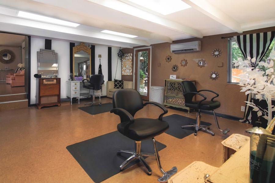 Sonar Beauty Main Salon