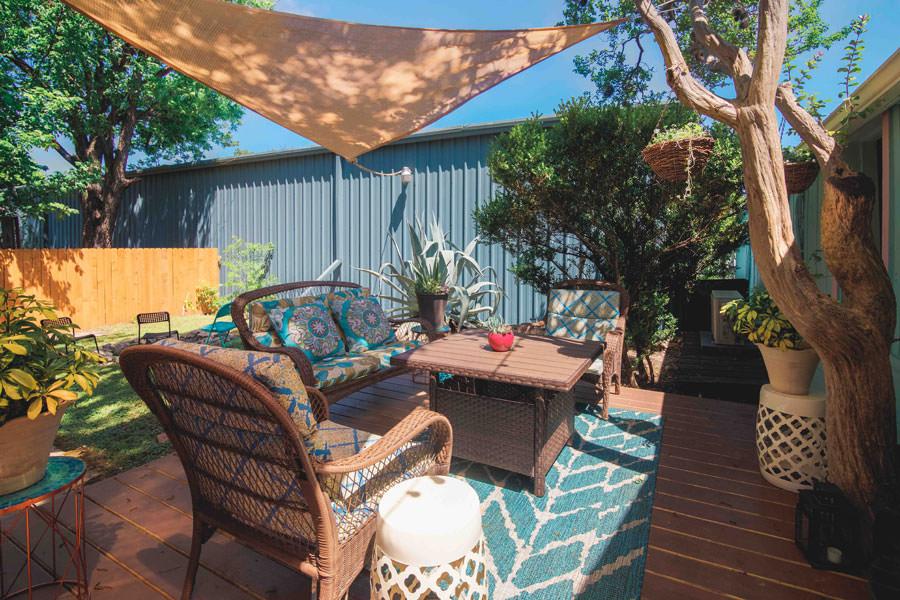 Sonar Beauty Porch